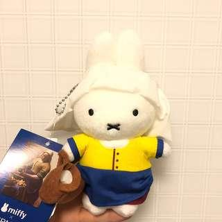 Limited edition brand new Miffy x vermeer 公仔