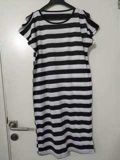 Midi dress stripes