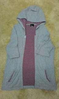 Women's Sweater shirt sleeve with hoodie
