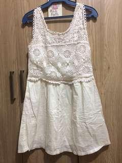 Authentic Springfield Eyelet Short Dress