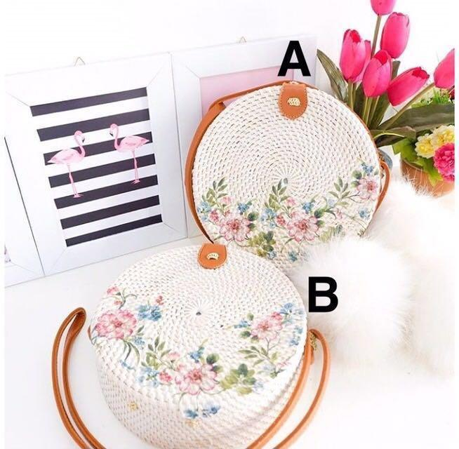 Bali Round Rattan Woven Bag White Flower Deco Beach Straw Basket