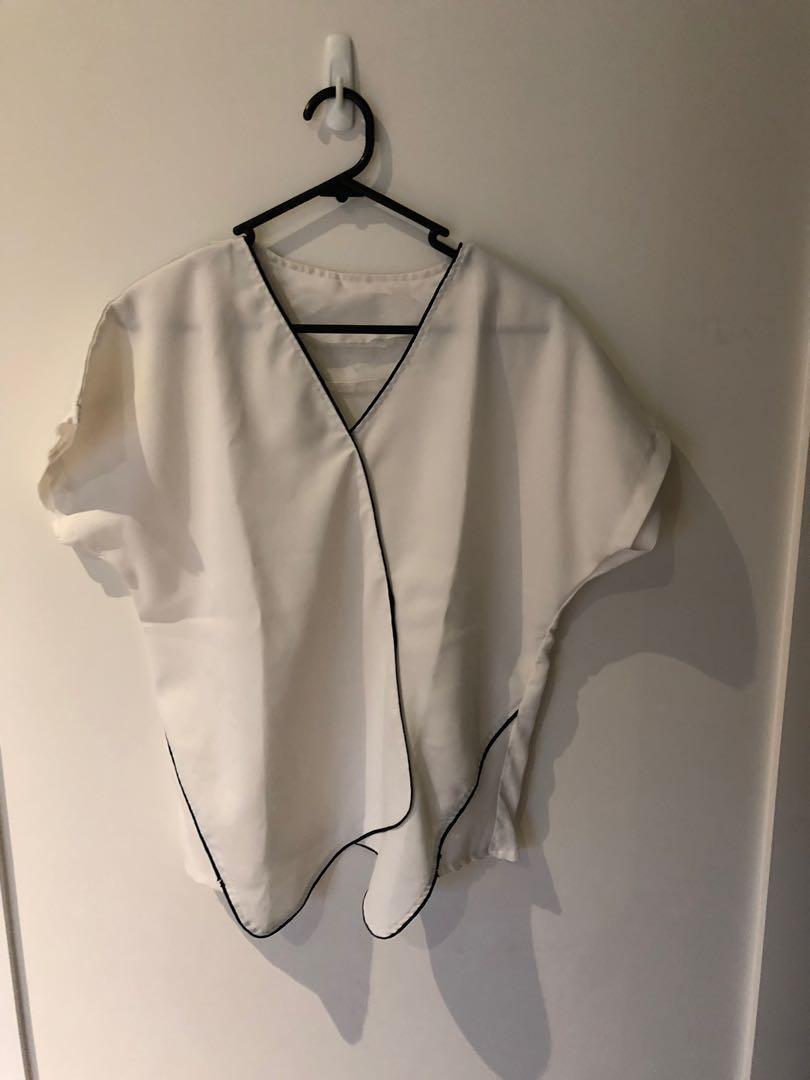 Basic asymmetrical blouse