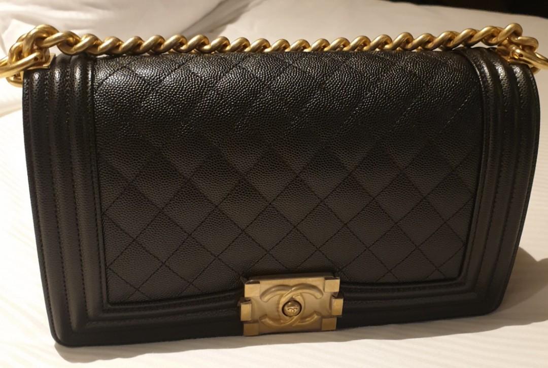 b7fe1bd1537b BNIB Chanel Boy in old medium - Series 27xxxx, Luxury, Bags ...