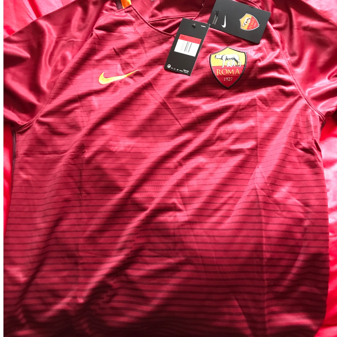 727877f3e2e Brand new with tags as roma nike 15 16 home jersey size large nike ...
