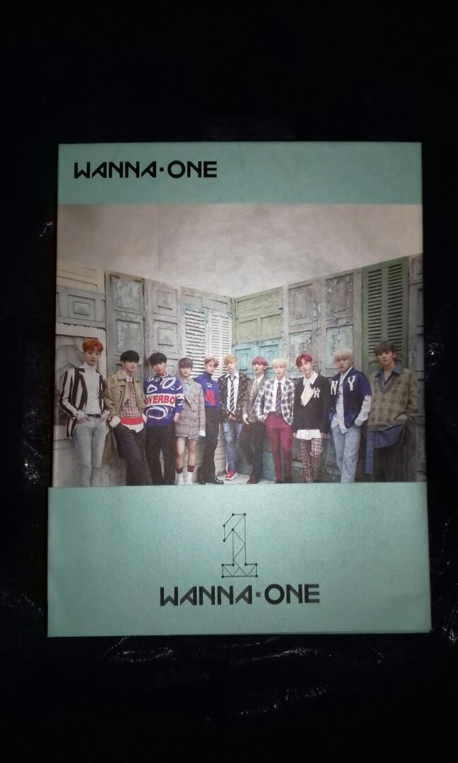 [CD] Wanna One 1st Album [1¹¹=1 Power of Destiny] Romance Ver. Sealed