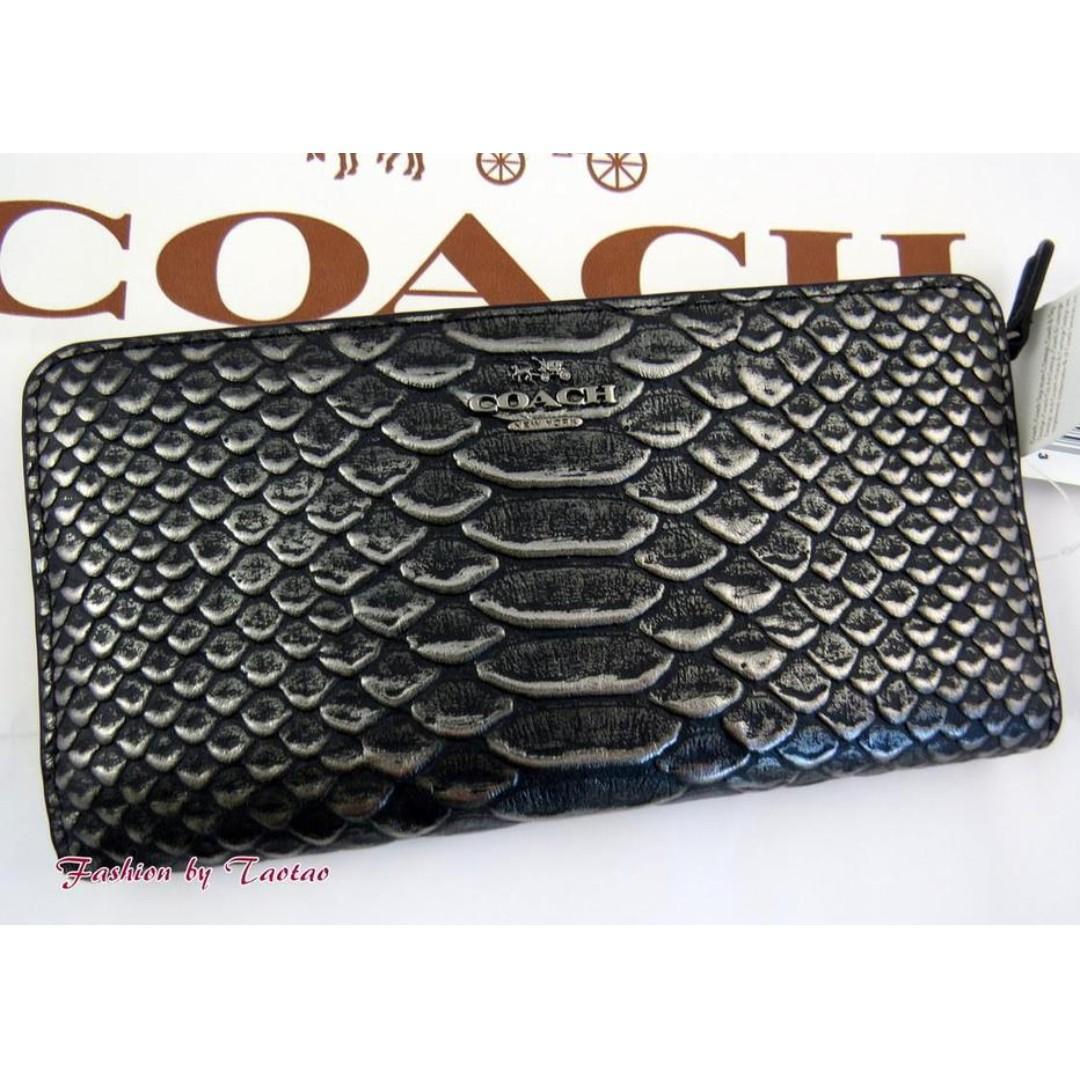 Coach Skinny Wallet In Exotic Embossed Leather / Dark Gunmetal. 60% OFF Clearance Sales original price: MYR465!