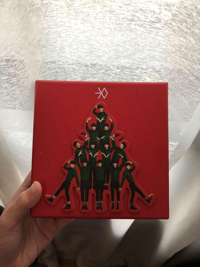 EXO Special Winter Album Miracles in December (Chinese Version)