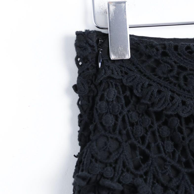 Kimchi Blue Urban Outfitters lace crochet black shorts 6 s small