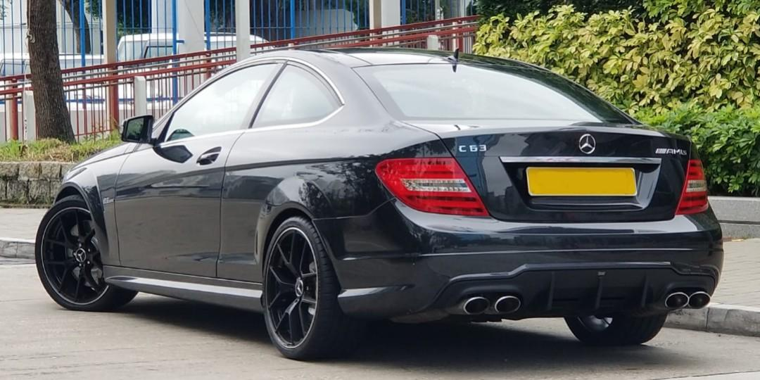 MERCEDES-BENZ C63 AMG Coupe 2012