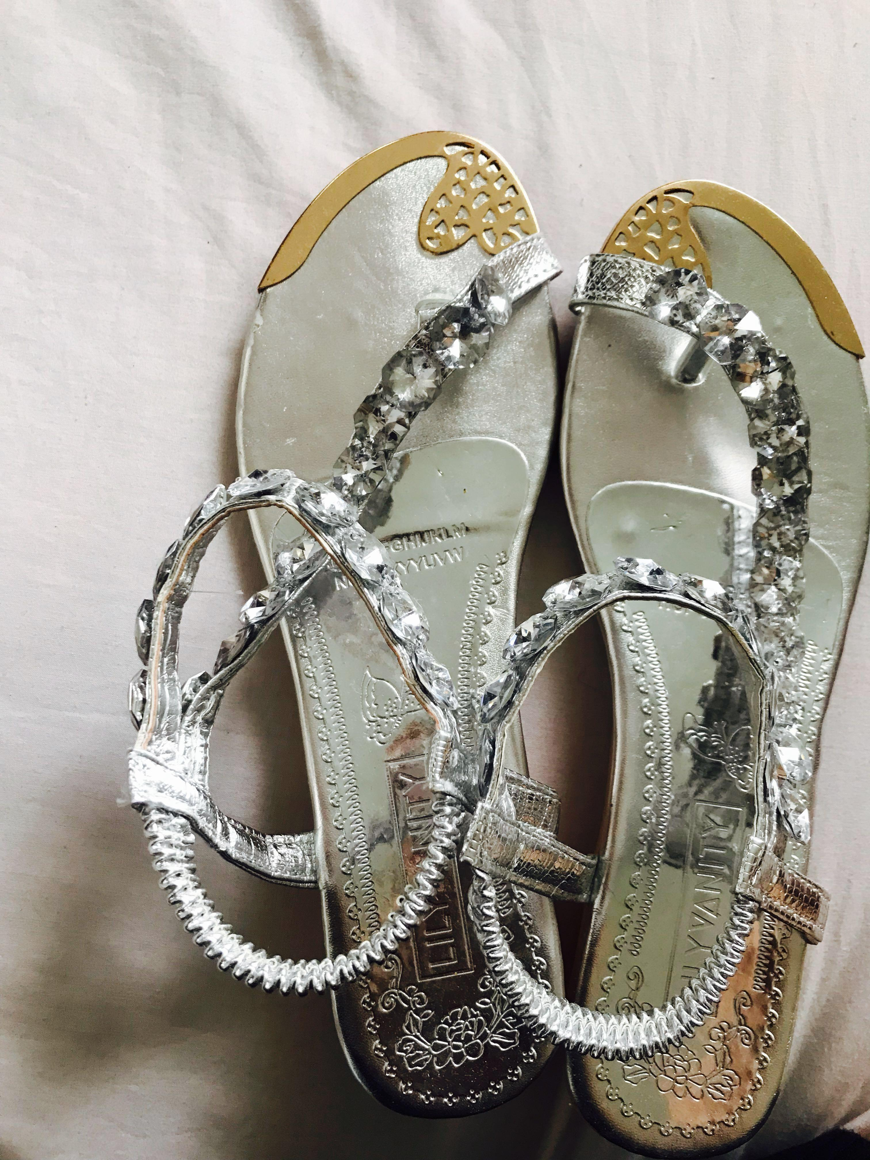 Pretty and chic sandals/ shoes #swapnz