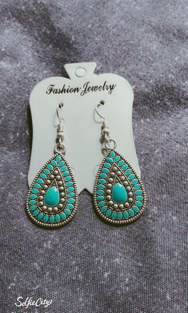 Teal colour earring
