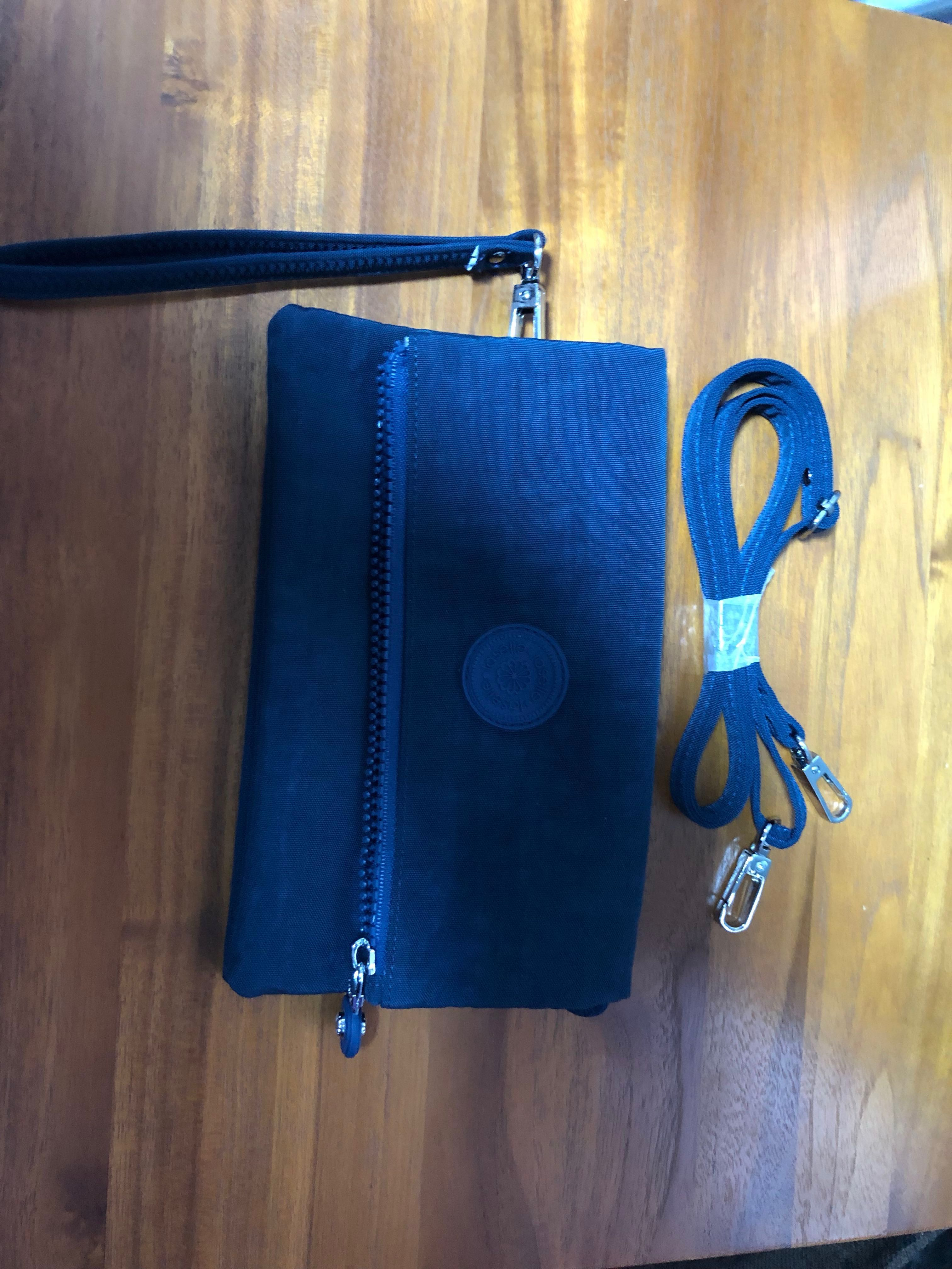 7e36ddc92702 Travel Wallet (New)