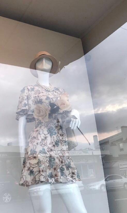 Witchery floral dress! #SwapNZ