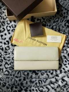 真品 LV 水波紋長夾 皇室白 防刮皮 Louis Vuitton