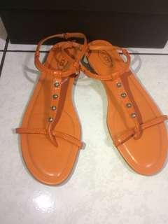 🚚 TODS涼鞋 經典橘色