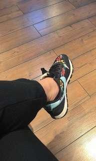 Women's Nike Air Floral 6.5