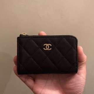 SALE‼️Brand new limited edition Chanel print calfskin card holder with zip and key ring