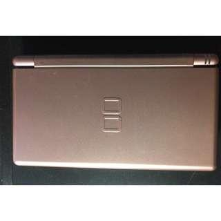 Nintendo DS Lite Cansole with one Free game