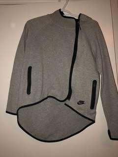 Women's Nike Tech Fleece Cape size XS