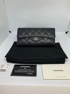 🚚 Chanel classic long flap wallet