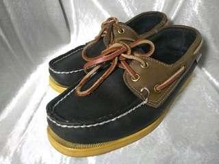 Sebago dockside
