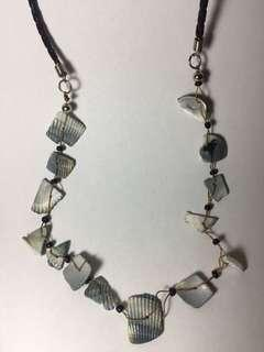 Kalung / Necklace Hitam Kerang