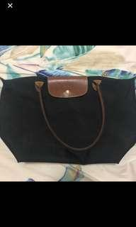 🚚 Longchamp Le Pliage Black Tote