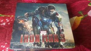 Marvel The art of iron man 3 (With hard case and thick book)