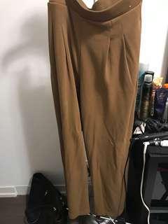 Brown Wide legged Uniqlo Pants size M