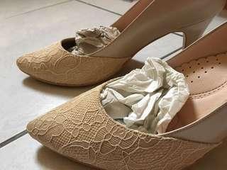 🚚 粉色蕾斯高跟鞋 新娘鞋 25號