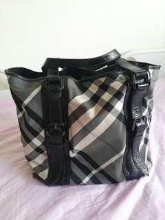 Burberry Tote Bag for all purpose