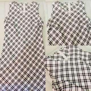 V cut neck sleeveless dress