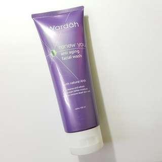 Wardah Renew You Anti Aging Facial Wash