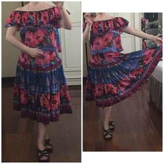 Floral Print Crop Top and Flowing Skirt (Large)