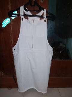 Jual baju kodok atau overall pendek,, masih baru!!