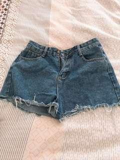 🚚 全新 牛仔短褲
