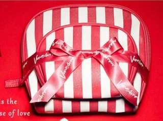 🚚 Venus Amour 戀愛女神 甜美質感化妝包 子母包 旅行 萬用包 貝殼包