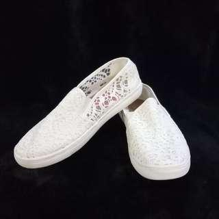 White Slip-On Shoes (size 6.5)