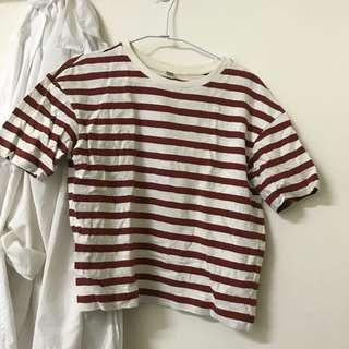 🚚 Uniqlo條紋磚紅短版上衣
