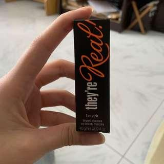 Benefit they're real! Beyond mascara mini