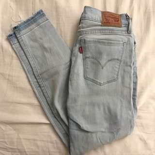 Levis Light Denim Jeans
