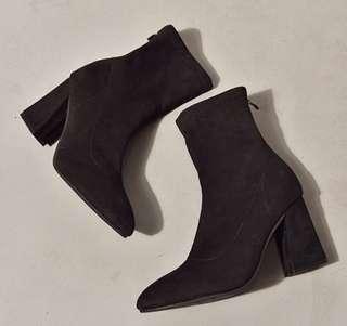 全新顯瘦大尺碼襪靴 41/25.5
