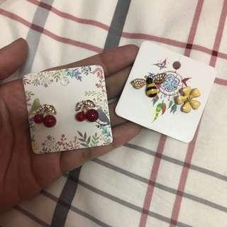 Cherry & Bees earring set