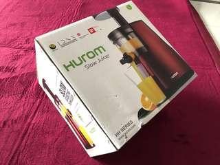🚚 Hurom Slow Juicer ( HH-FBC20 ) - Ferrari Red