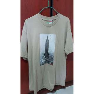 Clay Supreme empire state tee  Size M