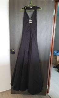 Raoul Long Sexy Black Halter Dress Size 34