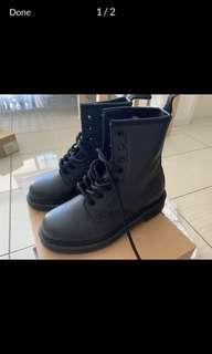 Dr Martin boots *quick sale*