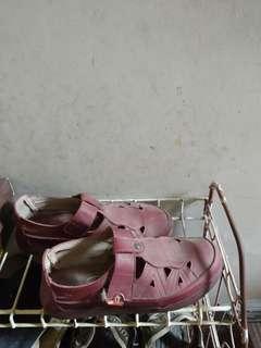 Triset shoes maroon