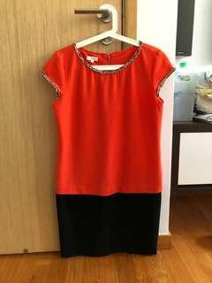 🚚 Orange Dress