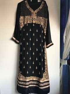 Lovely  Black Punjabi suit  TOP  sash and pants!!! Long style   Little alternations. TO GO !